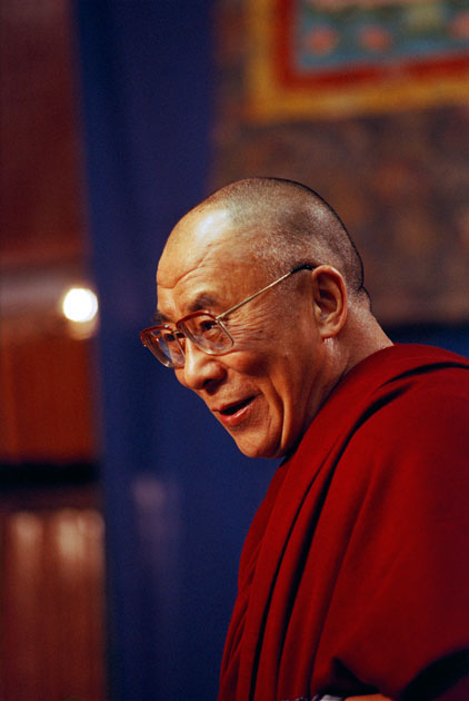 08_dalailama.portrait.penguinbooks.color.jpg