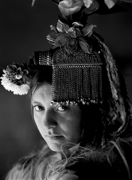 02_youngirl,traditionalportrait.ladakharyan.tribal.jpg