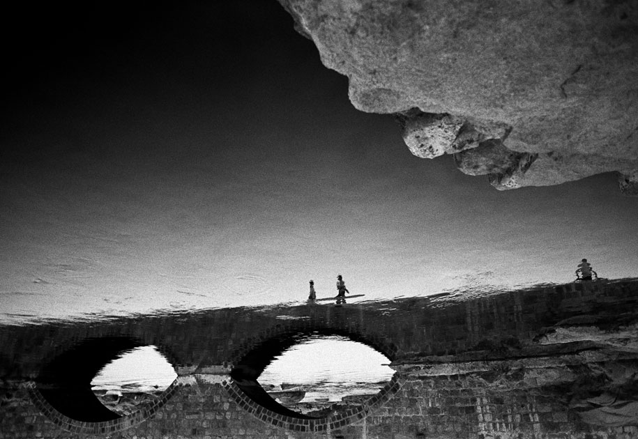 12_reflection.journey.bridge.blackandwhite.india.jpg