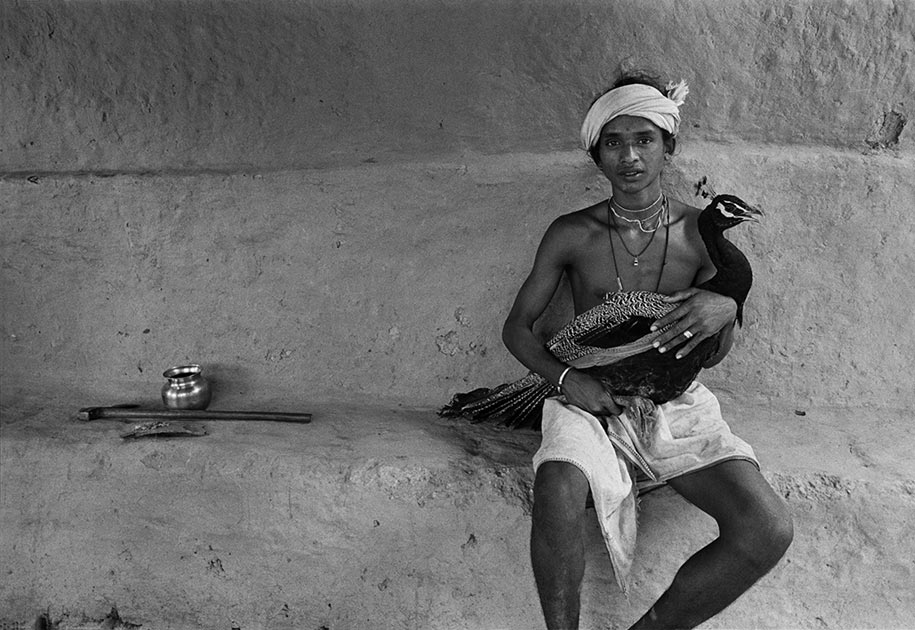 07_indian.tribal.boy.peacock.bastar.blackandwhite.jpg