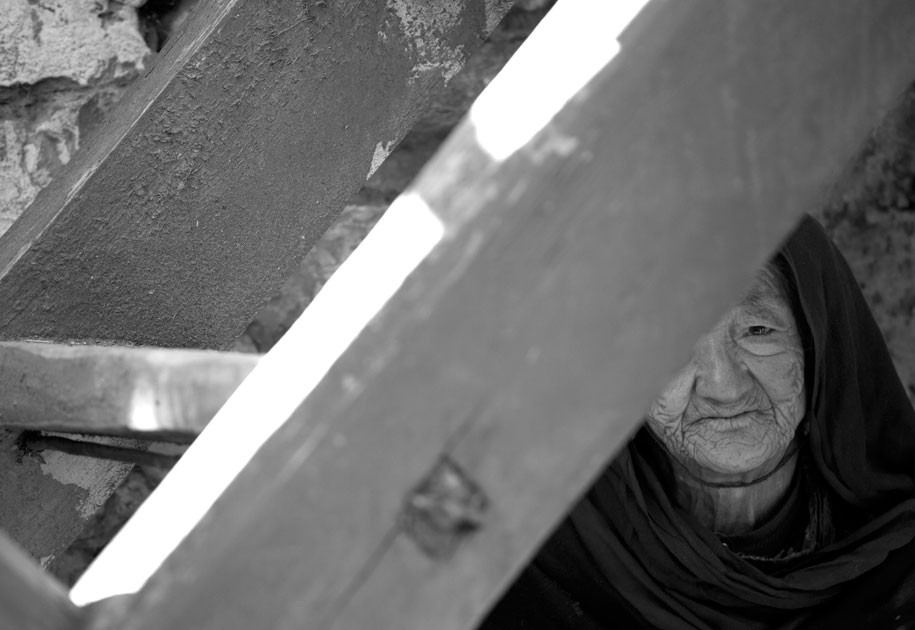 03_old.woman.turtuk.ladakh.india.portrait.blackandwhite.jpg