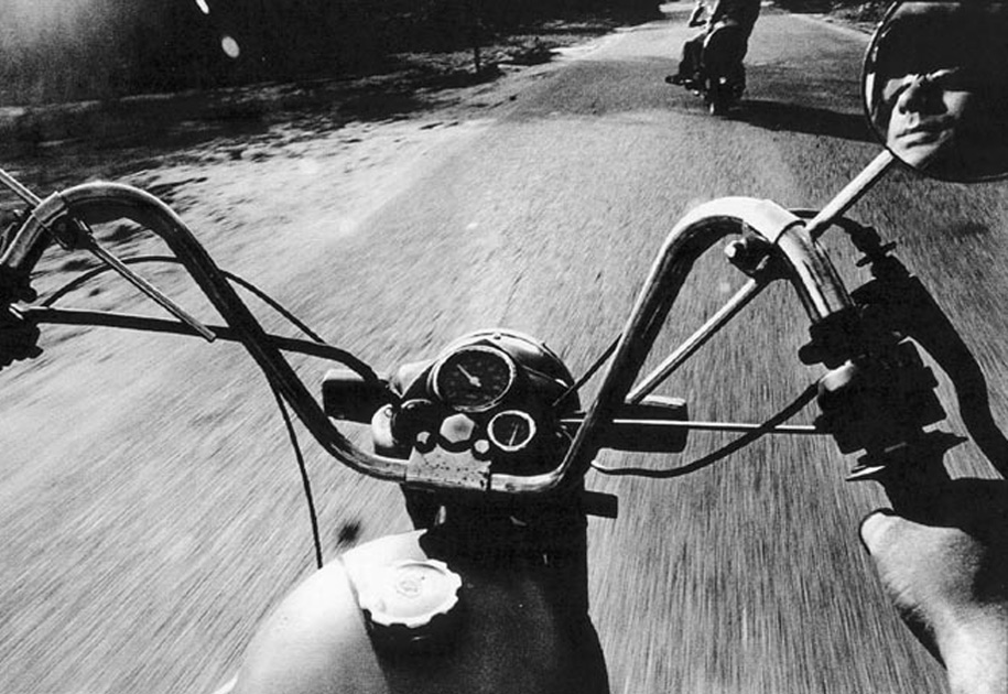 09_portrait.bike.road.blackandwhite.india.jpg